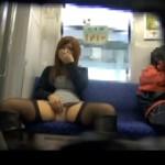 さとう遥希:リモコンバイブ起動させたまま電車に乗り露出プレイ