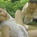 夏海エリカ,ヘンリー塚本:草場の影で青姦不倫がトレンドだった昭和時代のロマンポルノw