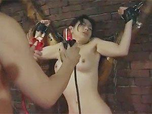 酒井ちなみ:非日常を求めSMクラブで3P乱交から電極感電プレイまでやっちゃう巨乳美熟女!