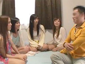 琥珀うた大槻ひびき友田彩也香さとう遥希:素人宅にお邪魔しての5P輪姦する女優たちw