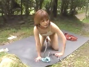 紺野ひかる:「ちょっと、やだ、置いてかないで!」元モデルなJDを青姦3P輪姦で中出しして放置www