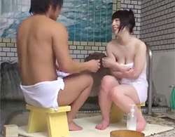 里咲しおり:あ~、やっちゃった。姉弟なのに…。巨乳な姉ちゃんと混浴した弟が近親相姦www