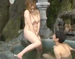 風間ゆみ:いくらなんでもこんな豊満義母と混浴したらなぁw義息と温泉で近親相姦中出しだなぁw